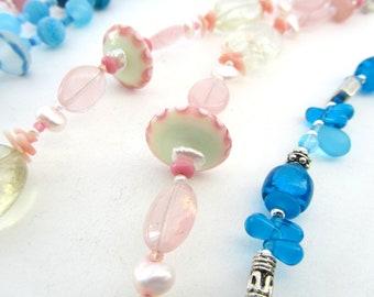 Fünfer Freitag Halskette Angebot, rosa oder blau, handgefertigte Murano Glas Bead Schmuck