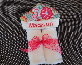 White Sunny Flowers Hooded Towel with Name Embroidery Included