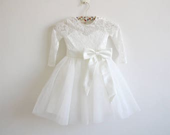 Long Sleeves Light Ivory Flower Girl Dress Lace Tulle Flower Girl Dress With Light Ivory Sash/Bows