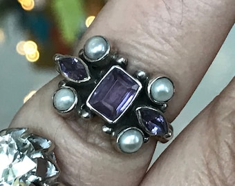 Vintage sterling silver, amethyst and pearl ring