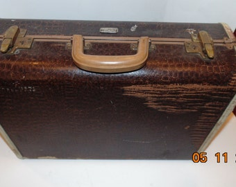 Vintage faux Alligator Print Samsonite 'Streamlite' Suitcase Case Luggage Mid Century