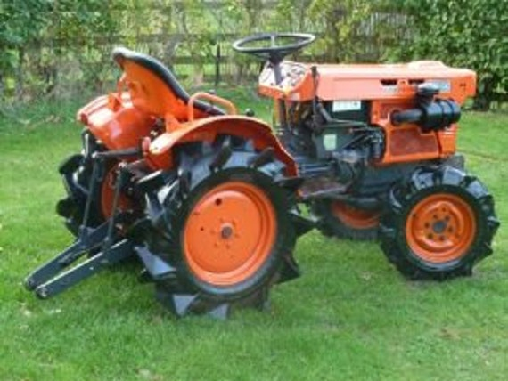 Old Kubota Parts : Kubota b tractor operations parts manuals pgs also