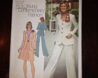 Simplicity Sewing Pattern 6104 70s Junior Petites Unlined Jacket, Skirt and Pants Size 11 Junior Petite Uncut