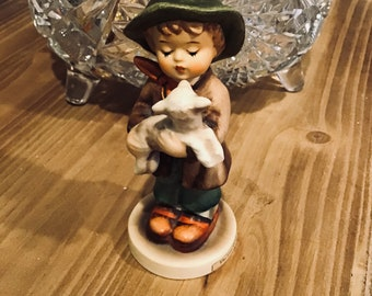 Vintage Hummel by Goebel the lost sheep from 1964 to 1972