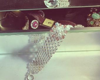 Pearl & Swarovski Crystals Bracelet