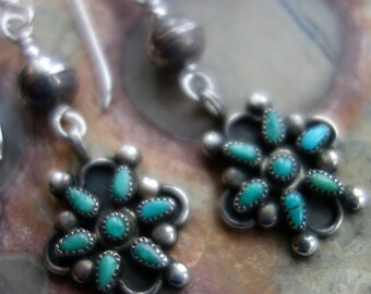 Zuni Vintage Turquoise Sterling Petit Point Bench Bead Earrings