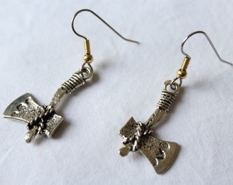 "Short dangle earrings. ""Tomahawk"""