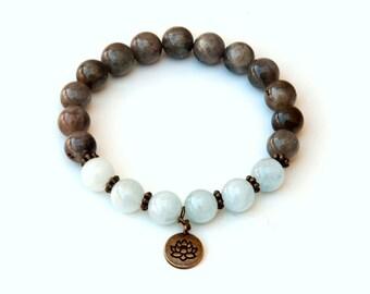 Aquamarine bracelet, labradorite bracelet, lotus bracelet, aquamarine jewelry, healing bracelet, labradorite jewelry, spiritual bracelet