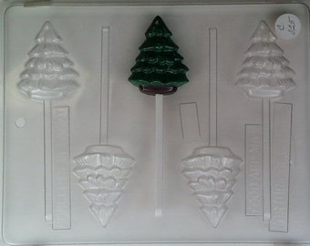 Small plain Christmas tree C025
