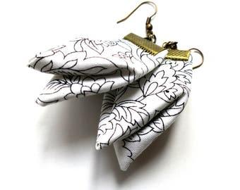 Zen fiber ear rings, meditation white dangles, Japanese traditional origami earrings, serenity jewelry  gift for her, bijoux textile