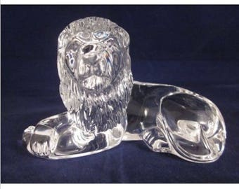 """Waterford 7 1/2"""" Lion, King of Beasts, signed with older etch, 3 1/2 POUNDS"""