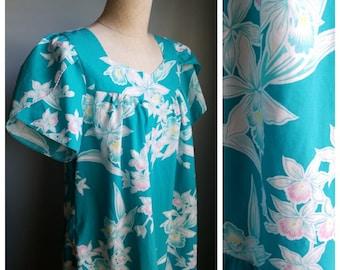 vintage floral muumuu dress