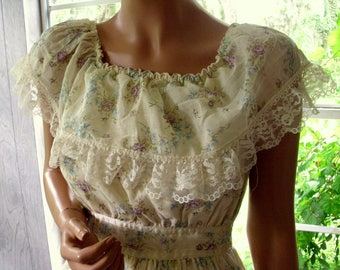 "Gunne Sax Style Dress ""Ruffled Romance in Calico"""