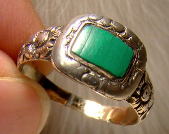 Georgian Silver and Gold Mourning Ring with Malachite Stone 1830
