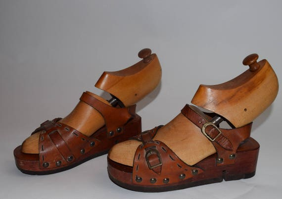 brown Brazil sandals wooden platform seventies sandals and in wood leather 1970s leather made disco hippie platform sz6 boho 7 leather shoes OHzU7w