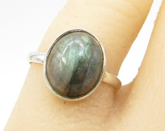 925 sterling silver - color shifting labradorite solitaire sz 8 ring - r1192