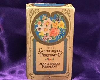Avon 1.7oz Sweet Honesty California Perfume Co. 1975 Anniversary Keepsake - CA 1970's