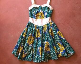 Fantastic Vintage 1960s Googie Mod Space Age Print Dress w Flared Circle Skirt