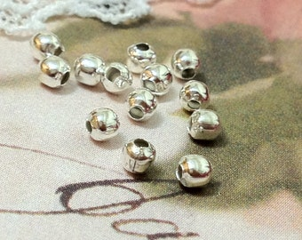 2 mm Silver Plated Round Metal Bead / Spacer Beads. (.mmsg)
