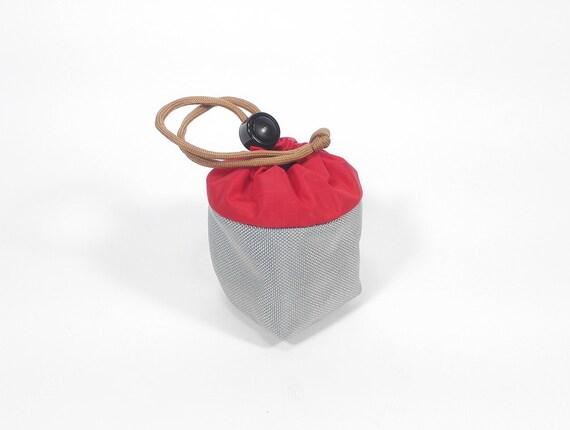 Yo-Yo pouch - 'Cube' // Silver & Red