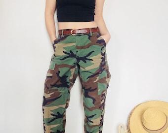 Vintage camo pants vintage military pants size M camo pants vintage camouflage pants womens small camo pants 30 waist pants M cargo pants M