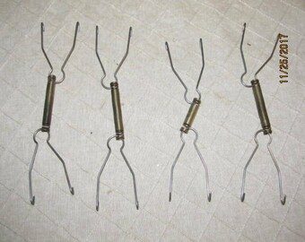 """Set of 4 Vintage Wire & Metal Adjustable Plate Wall Hangers 7"""" Wall Hanging Dishes Plates"""