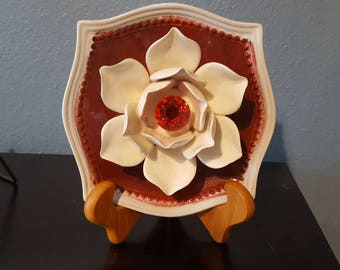 Red Lotus Plate Flower
