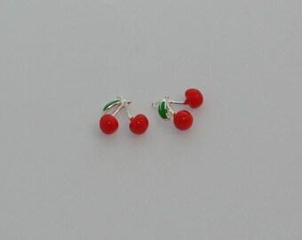 Ref: BE 700-2 cherry charm silver red enamel