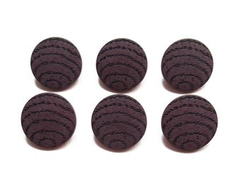 6 buttons round fancy Brown 18 mm
