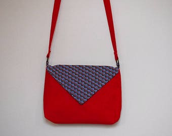 Bag flap - plain cotton fabric and Red Peacock print