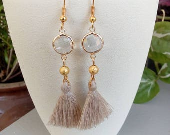 Bohemian dangle earrings in Crystal and tassel