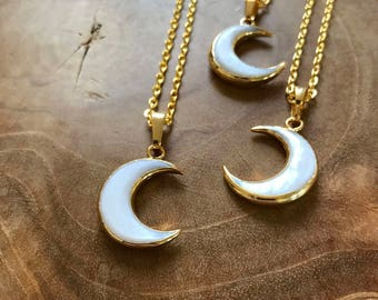 Crescent Moon - minimal boho necklace with a shell crescent moon pendant - semiprecious stone, stone, boho, mother of pearl, trend