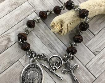 Saint Maximilian Kolbe bracelet, Men's rosary bracelet, Confirmation gift, patron saint of families, catholic men's gift, wood bracelet