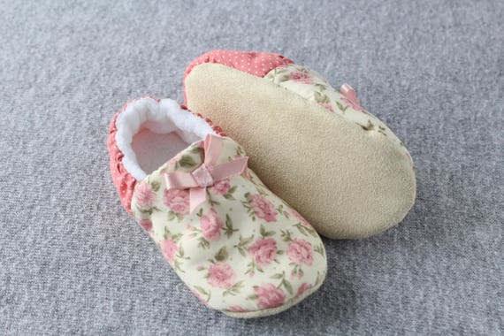 Baby pink ditsy floral little girls shoe with a pin dot heel