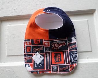 Sharp, Adorable Detroit Tigers Baby Bib  FREE SHIPPING!!!!!
