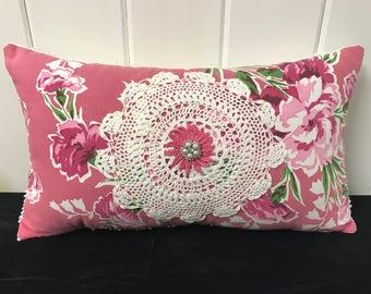 Vintage Linen Pillow, Vintage Tablecloth Pillow, Farmhouse Pillow, Embellished Pillow, Vintage Doily Pillow
