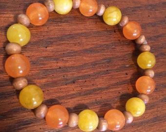 Orange & Yellow beaded stretch Bracelet, orange bracelet, yellow bracelet, wooden beaded, 70's, spring, gift