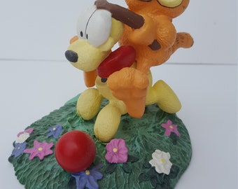 """Garfield and Odie """"EASY RIDER """" Figurine - 1993"""
