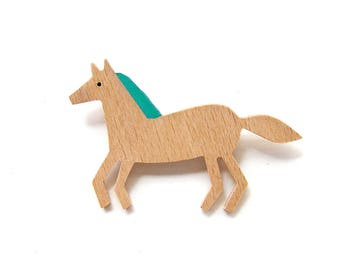 Horse brooch Wooden brooches Hand-painted beech wood brooch Eco-friendly Jewelry Wooden accessories for women Horse lovers gifts for her