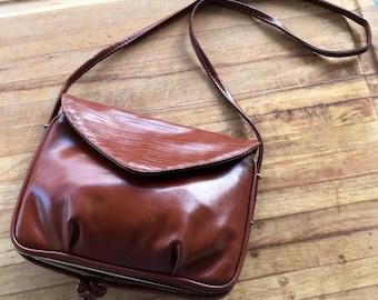 Vintage Handbag / Vintage Leather Handbag / Valentino / Shoulder Purse / 70s Purse / Brown Leather / Designer Purse / Designer Handbag /