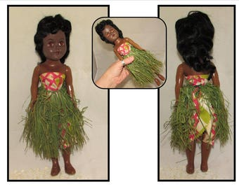 Vintage Hawaiian Hula Doll with Grass skirt, 60s, souvenir, toy, sleepy eyes