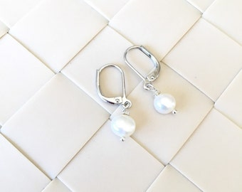 Elegant Fresh Pearl Earrings, Bridesmaid Earrings, Wedding Earrings, Bride Earrings, Dangle Earrings, Graduation Gift, Christmas Gift