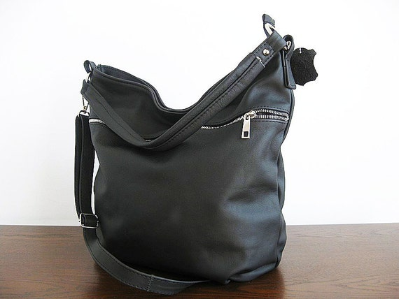 63bcff7f94ce 15% OFF SUMMER SALE Vintage Dooney Bourke black leather hobo shoulder bag  Awl
