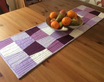 Patchwork table runner, Quilted table runner, patchwork table centre, quilted table centre, purple table runner, lilac table runner,