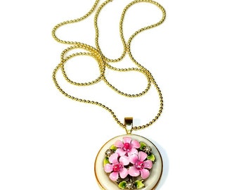 Gift for Mom, Pink Flower Necklace Pendant, Button Necklace, Pink Pendant, Upcycled Jewelry,  Repurposed Vintage