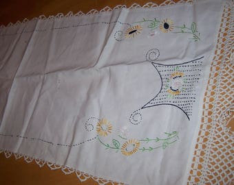 Gorgeous Sunflower vintage table runner