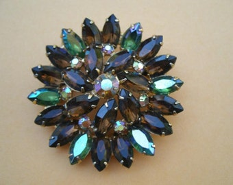 Vintage Brown and Green Rhinestone Brooch - 2 1/4 Inch Diameter - 1950s Large Glitzy RS Brooch Pin