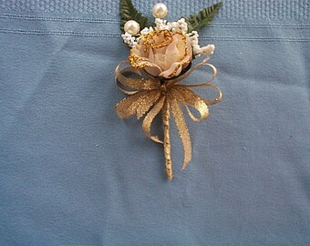 Rose, White and Gold Boutonniere