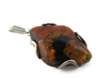 Vintage Kite Shaped  Baltic  Amber Sterling 925 Silver Pendant