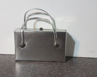 Vintage 1950's Box Purse Shell Accents